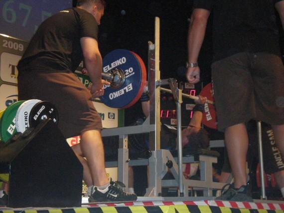 Hopeanosto 167,5 kg